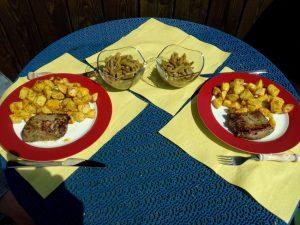 lammlachse_mit_rosmarinkartoffeln_und_bohnensalat