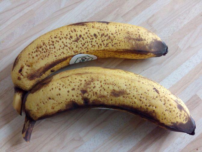 Reife Bananen aus dem Bioladen