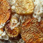 Süßkartoffeln mit Apfel-Sellerie-Salat