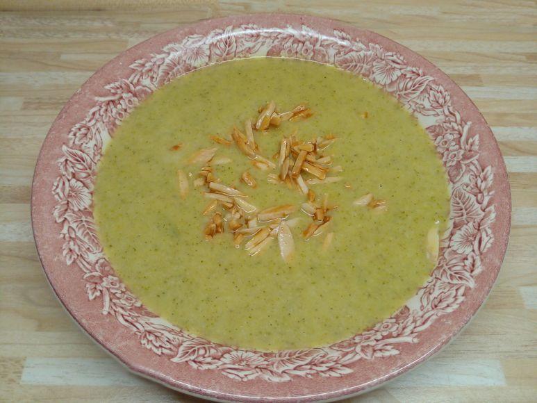 Brokkoli-Cremesuppe vegetarisch - 222