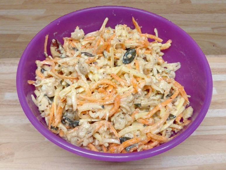Möhren-Rettich-Spinat-Salat mit Thunfisch - 201
