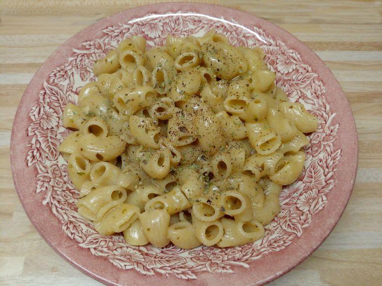 Nudeln in Knoblauchsoße vegetarisch - 131