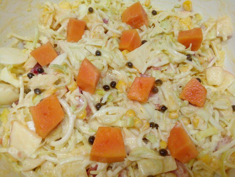 Sellerie-Mais-Salat mit Ananas vegetarisch - 213